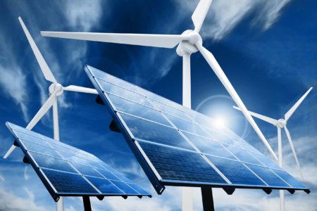 Solceller och vindkraftverk.